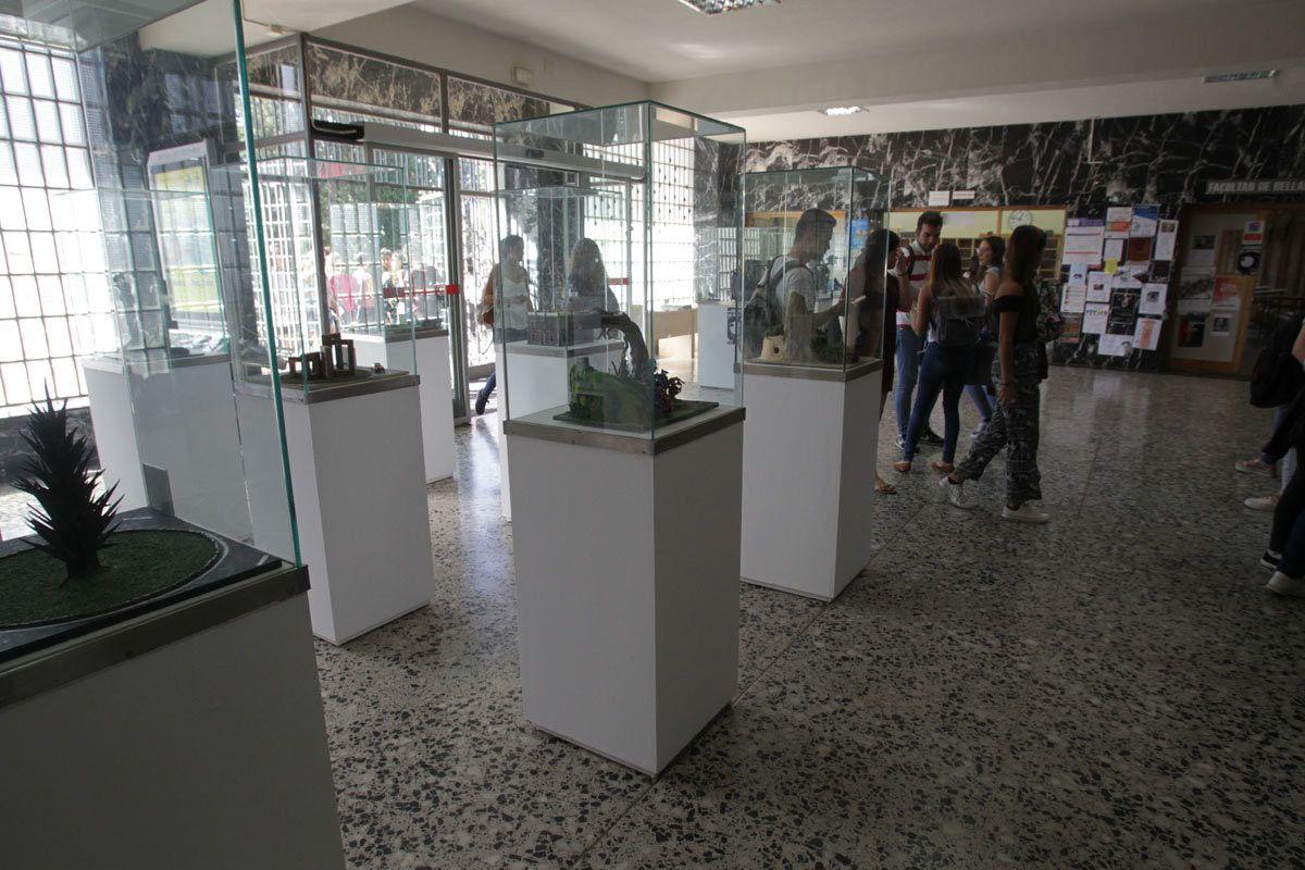 La Facultad de Bellas Artes exhibe la cuarta muestra de trabajos de ...