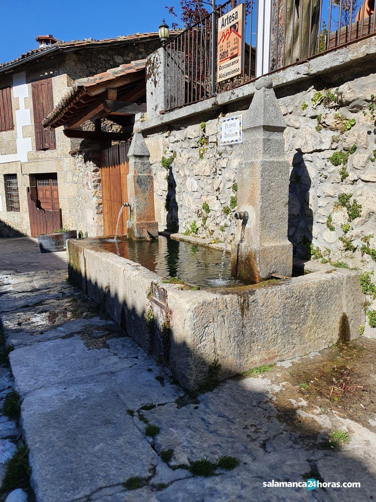 Fuente en Candelario - Ruta Cascada de la Mangá (Candelario)