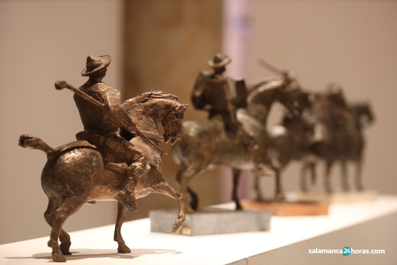 Presentación de la exposición 'Alma Charra. La tradición salmantina en la obra de Venancio Blanco' (25)