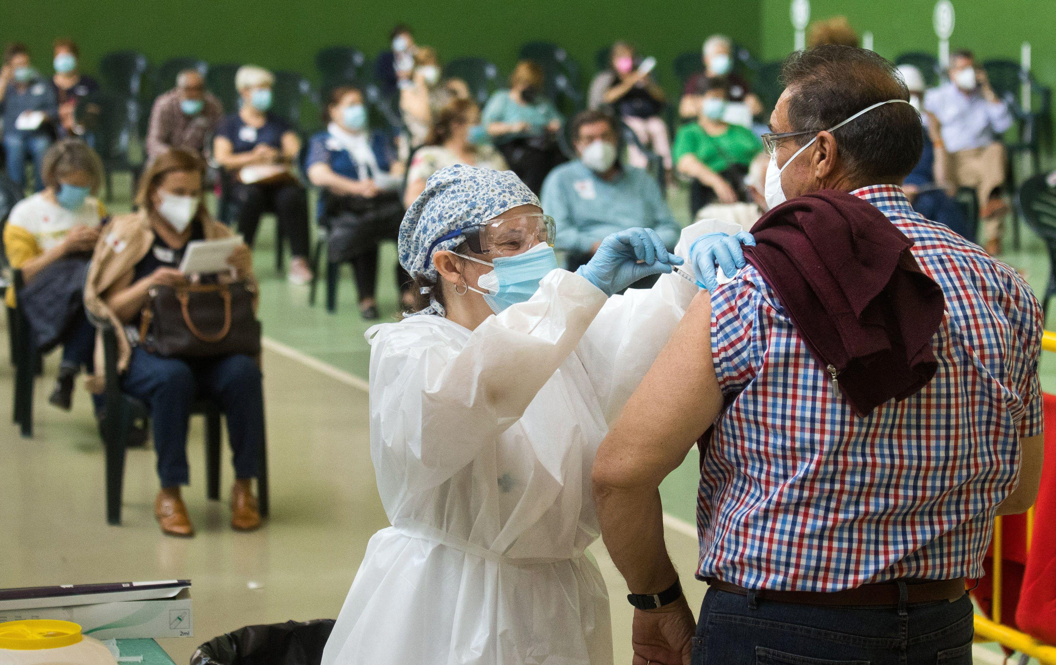 Vacunación masiva de este sábado en Ciudad Rodrigo. FOTO ICAL
