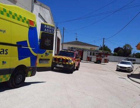 Bomberos y ambulancia mozu00e1rbez