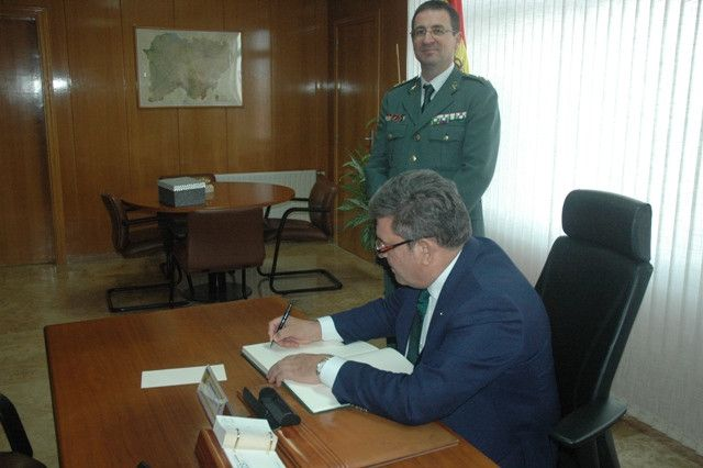 Visita del director general de la Guardia Civil a la Comandancia de Salamanca