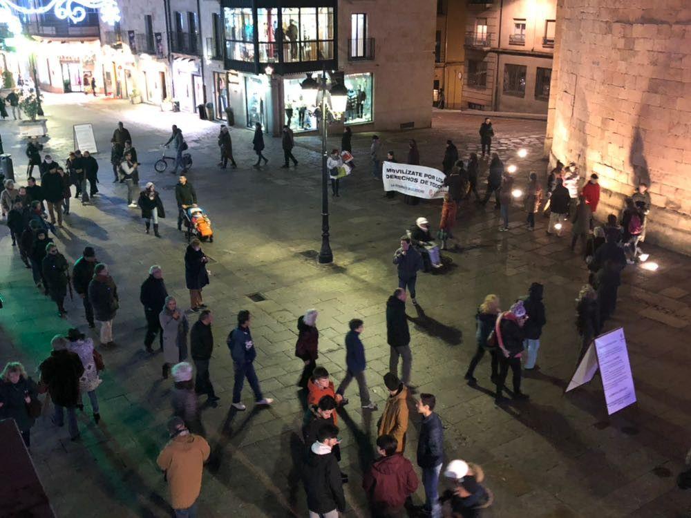 C ritas celebra un nuevo c rculo del silencio for Cerrajeros salamanca 24 horas