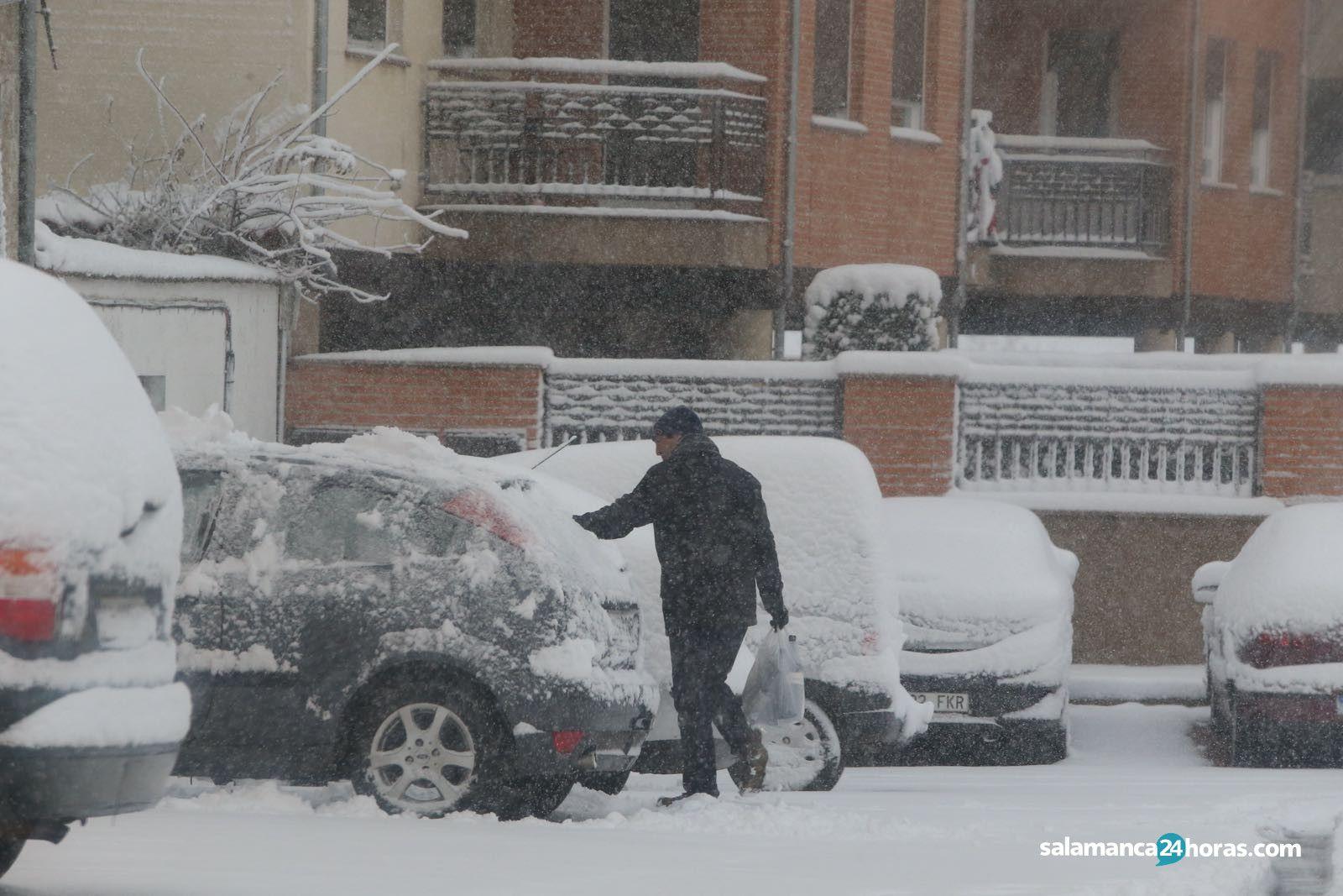 La nieve cubre guijuelo for Salamanca 24 horas