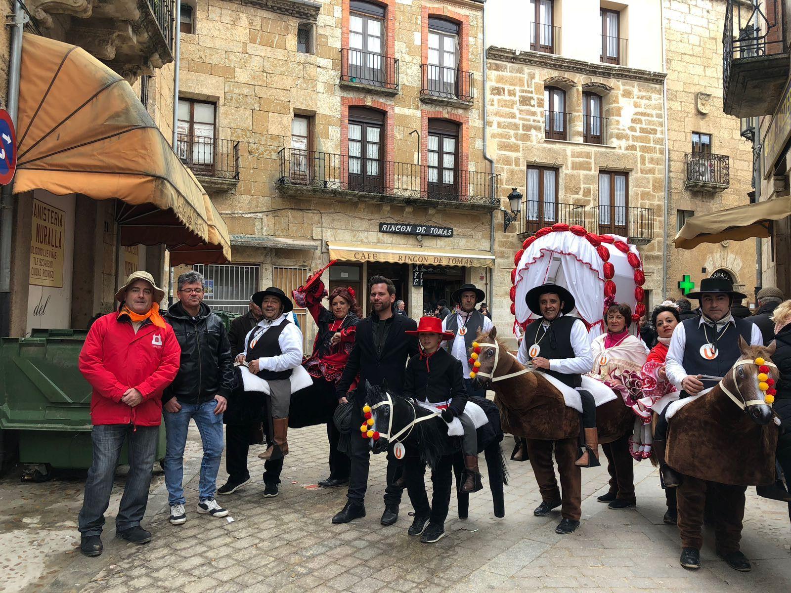 A.Gonzu00e1lez, J.Pellicer y M.Hernu00e1ndez en Carnaval del Toro II 13 2 18