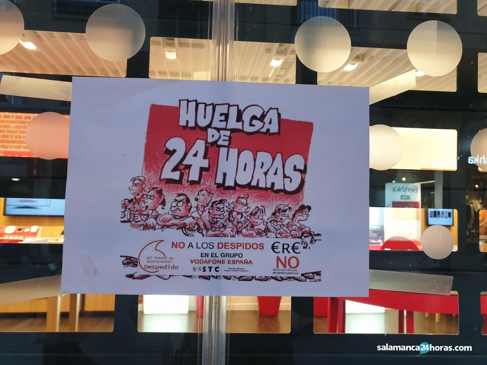 a0052881bf0 Varias jornadas de huelga en Vodafone para reclamar la retirada del ERE que  afectará a 1.200 trabajadores