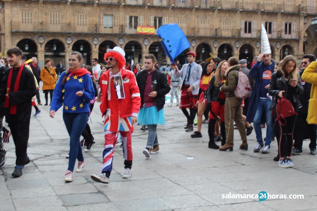 Desfile del codex por salamanca for Cerrajeros salamanca 24 horas