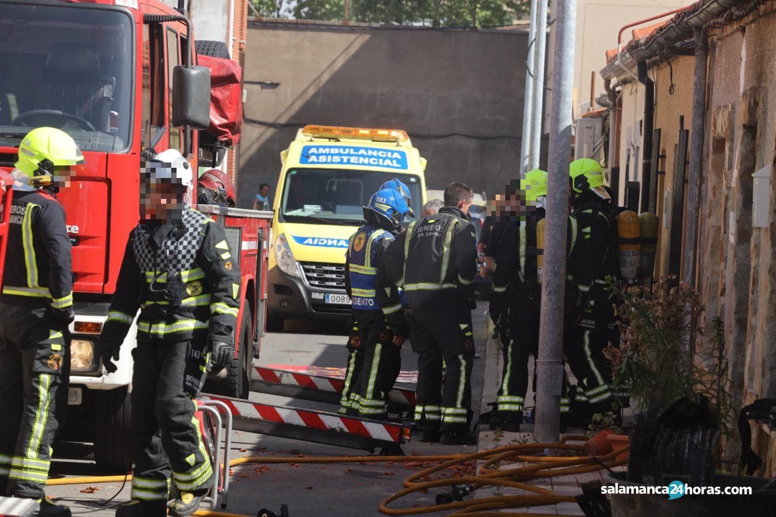 Incendio calle Nueva Pizarrales (14)