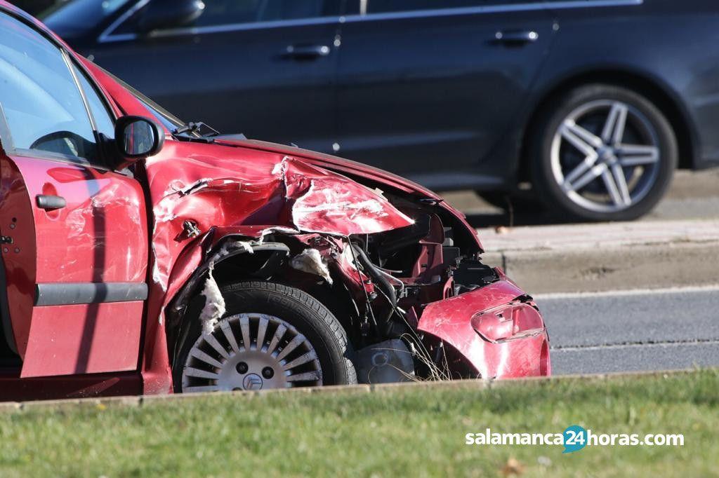 Resultado de imagen de accidente dos coches