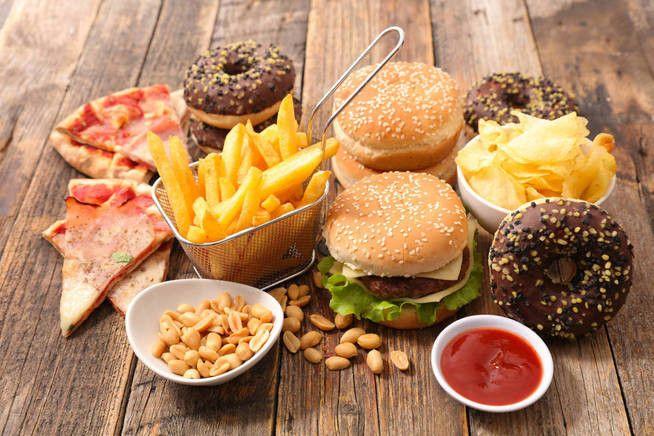 la comida y la bebida pueden dañar la próstata