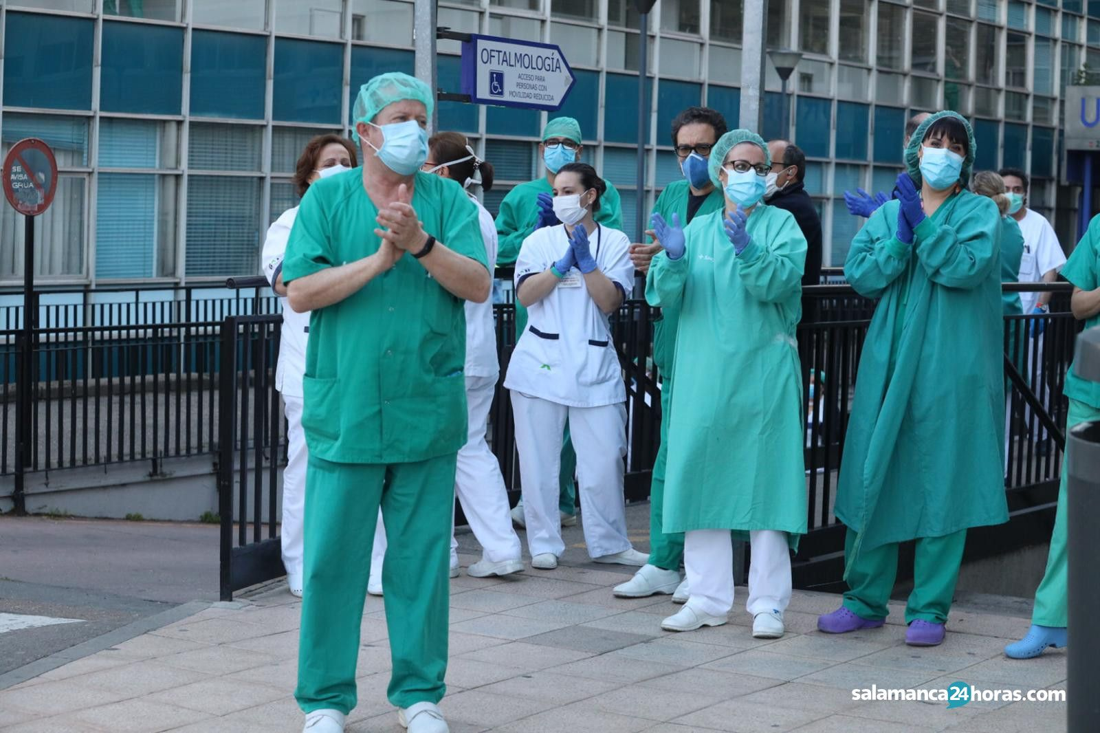 Aplausos sanitarios (6)
