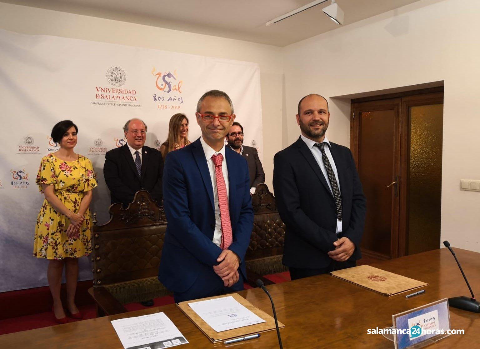 Convenio de colaboración Universidad de Salamanca y Centro Comercial el Tormes (2)