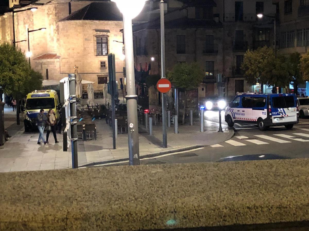 Plaza de san julian ambulancia (2)