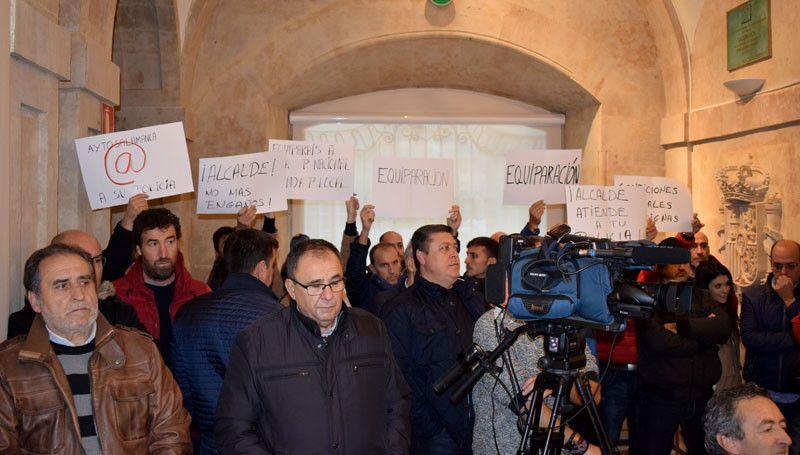 Protesta policia local 1
