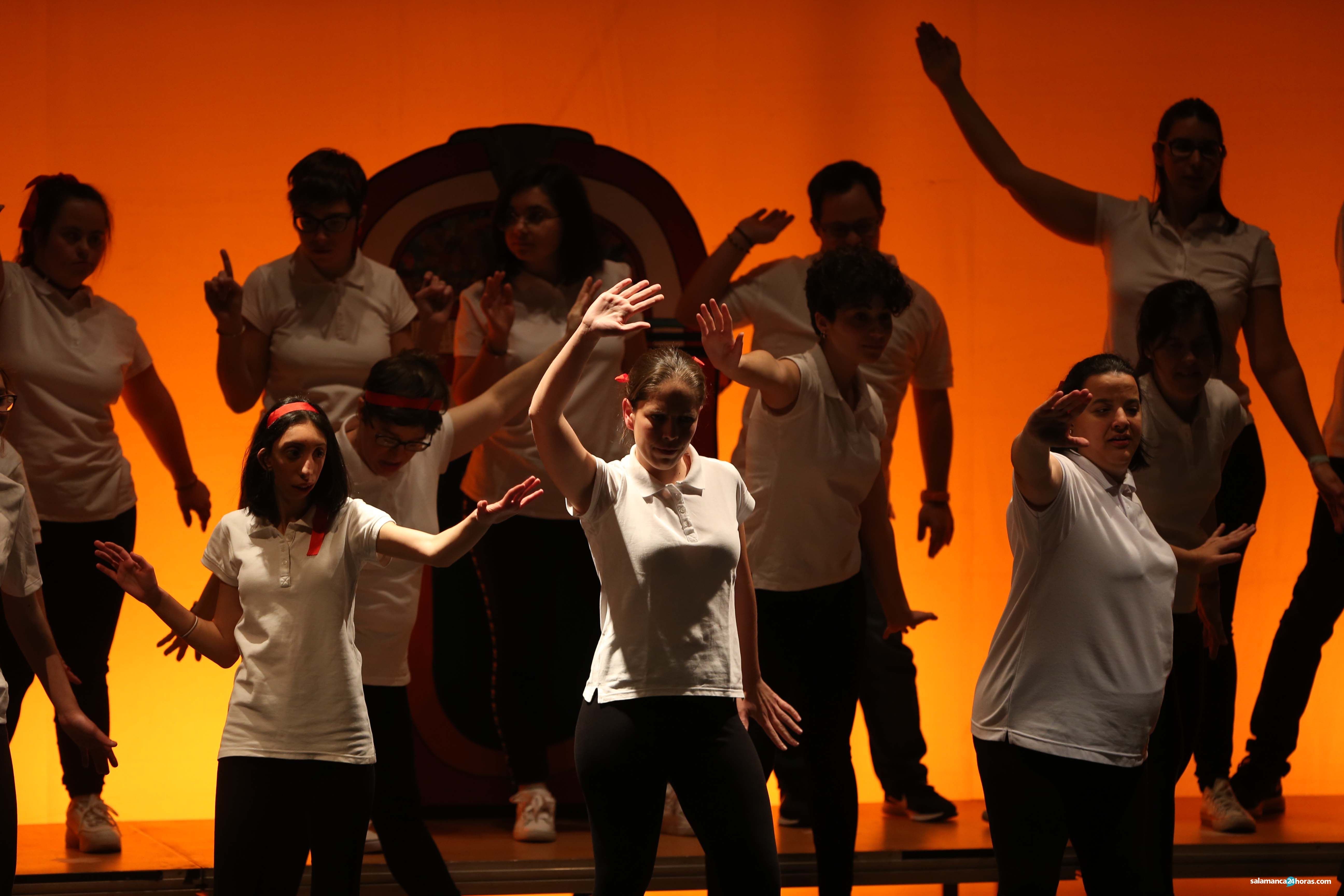 Musical Grease por Aviva.