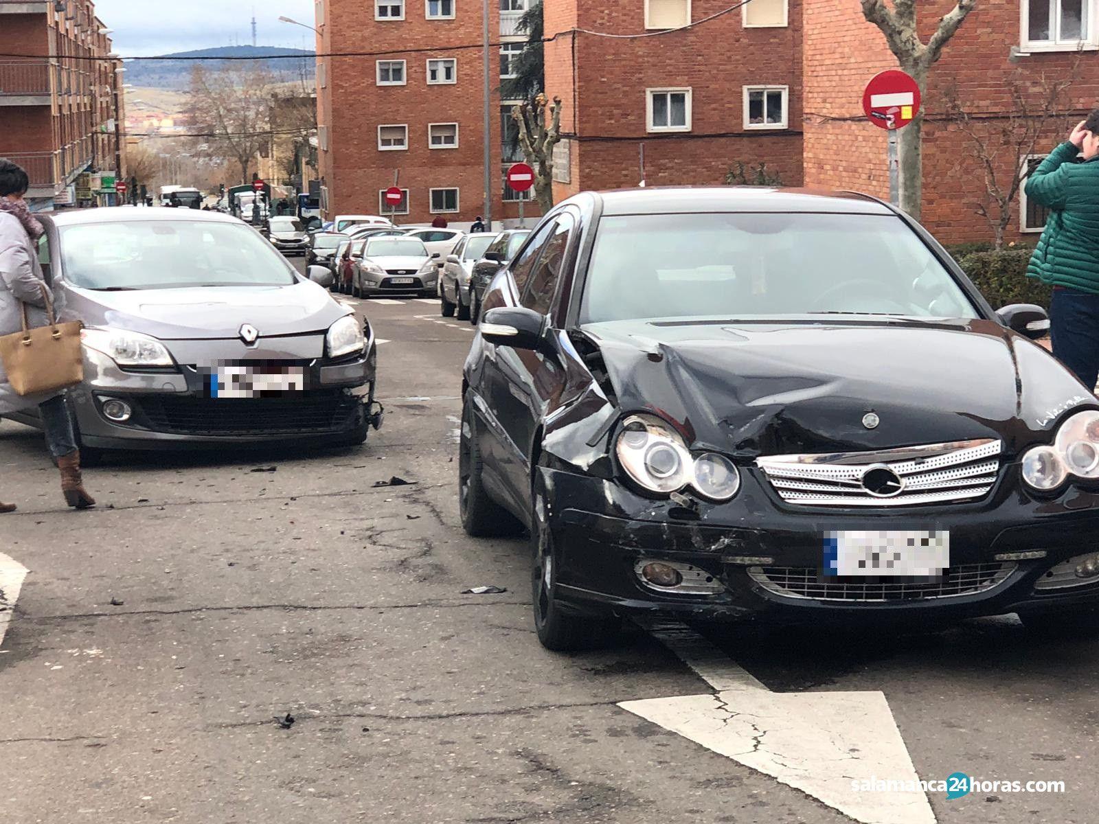 Accidente calle Santa Marta (3)