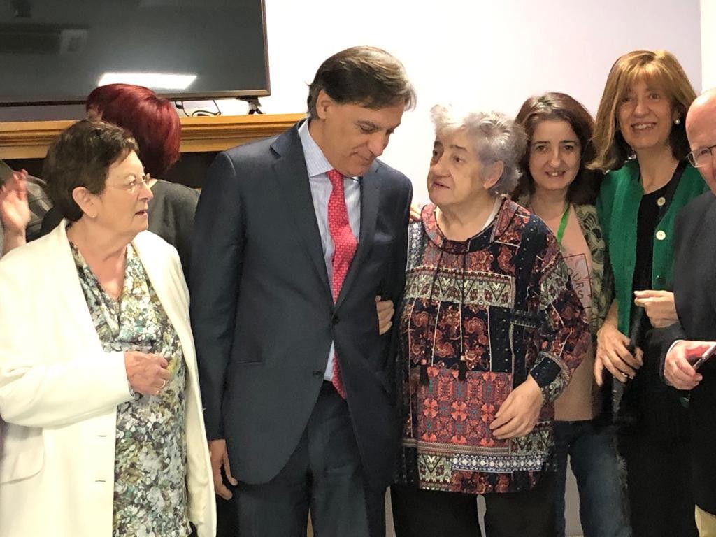 Alcalde visita alzheimer 3