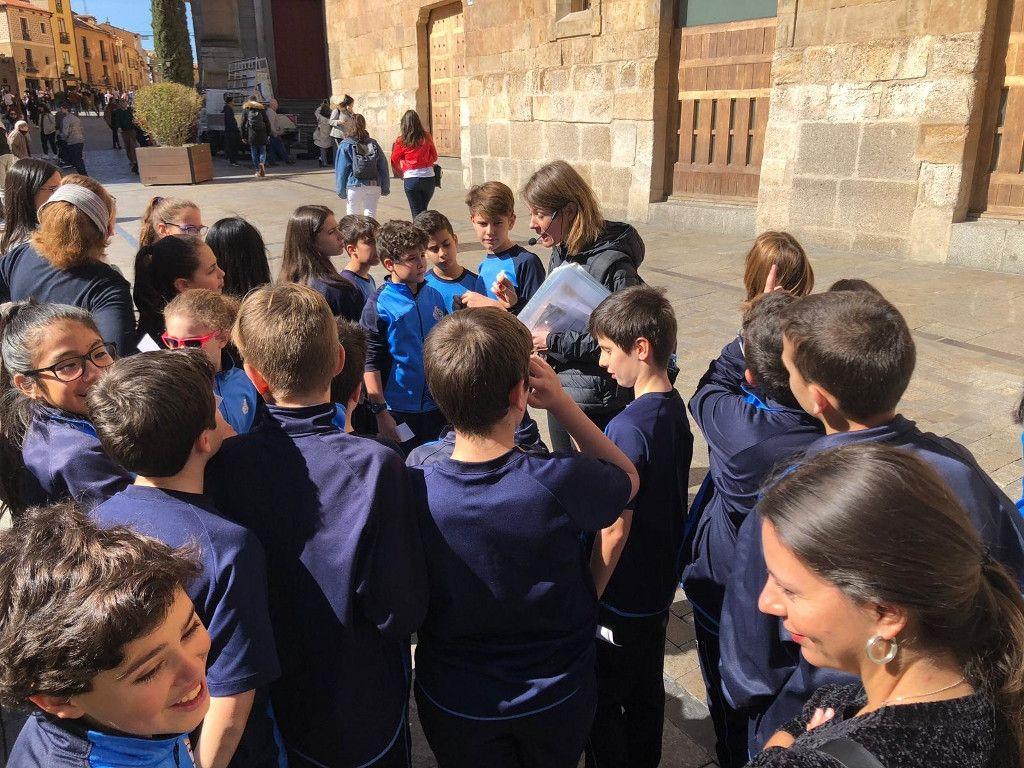 Colegio San Juan Bosco Tales inside the History Salamanca (13)