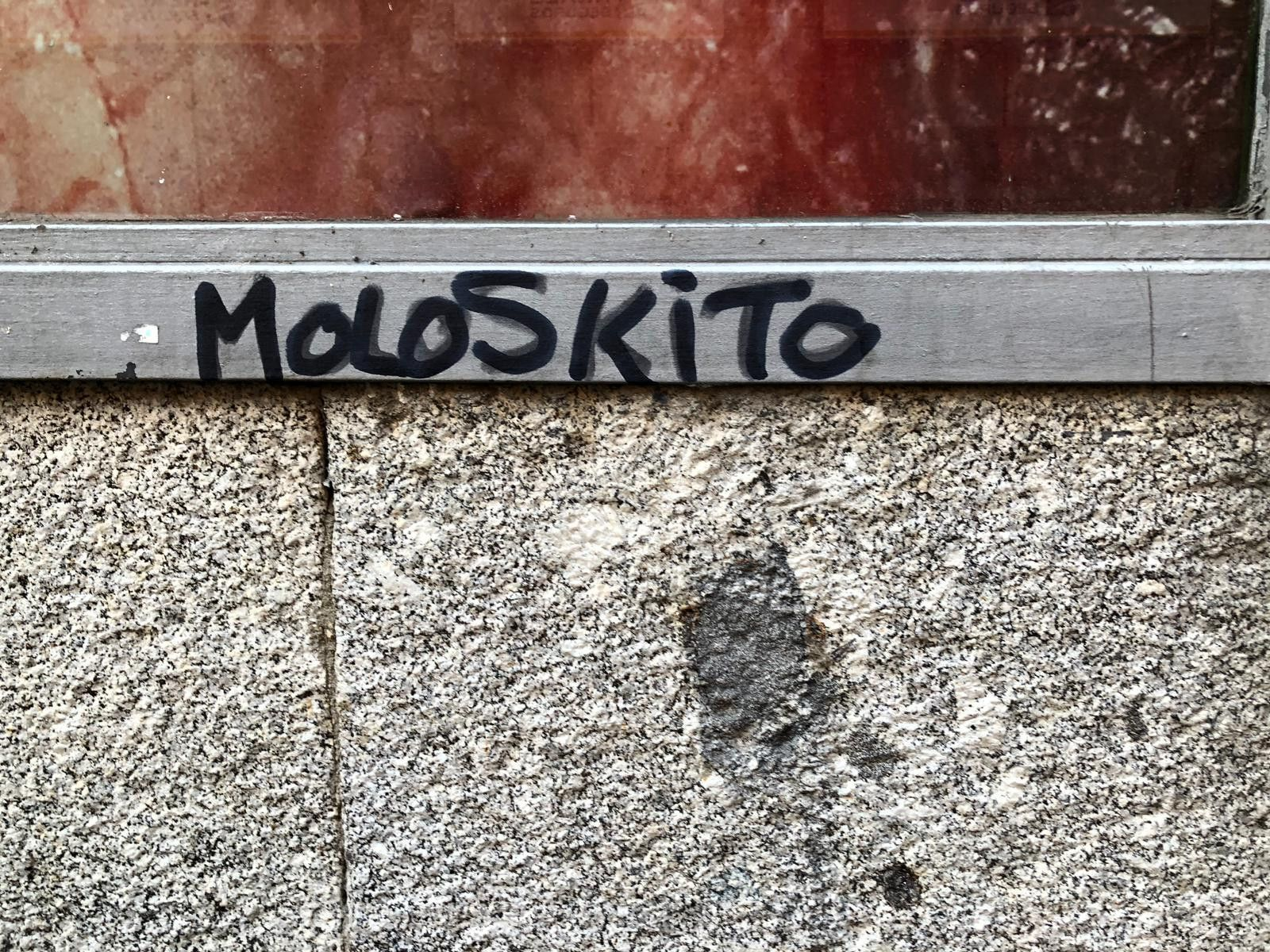 Grafitero moloskito 2