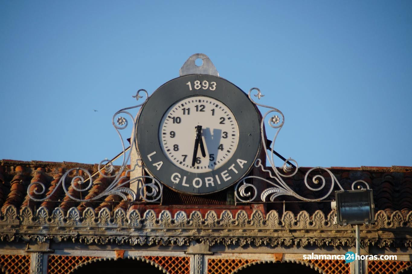 La Glorieta Plazas y Patios (68)