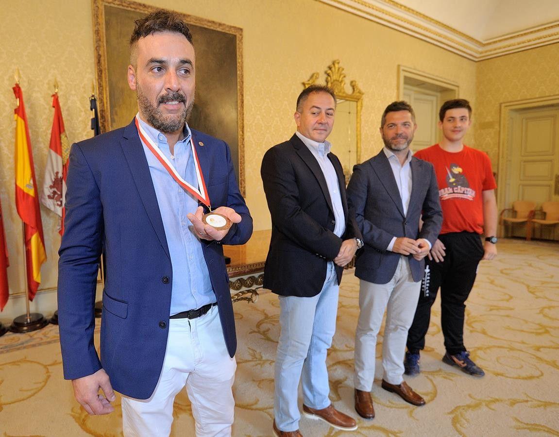 2019 07 08 RECEPCIÓN CLUB DE ESGRIMA GRAN CAPITÁN (2) (Copy)