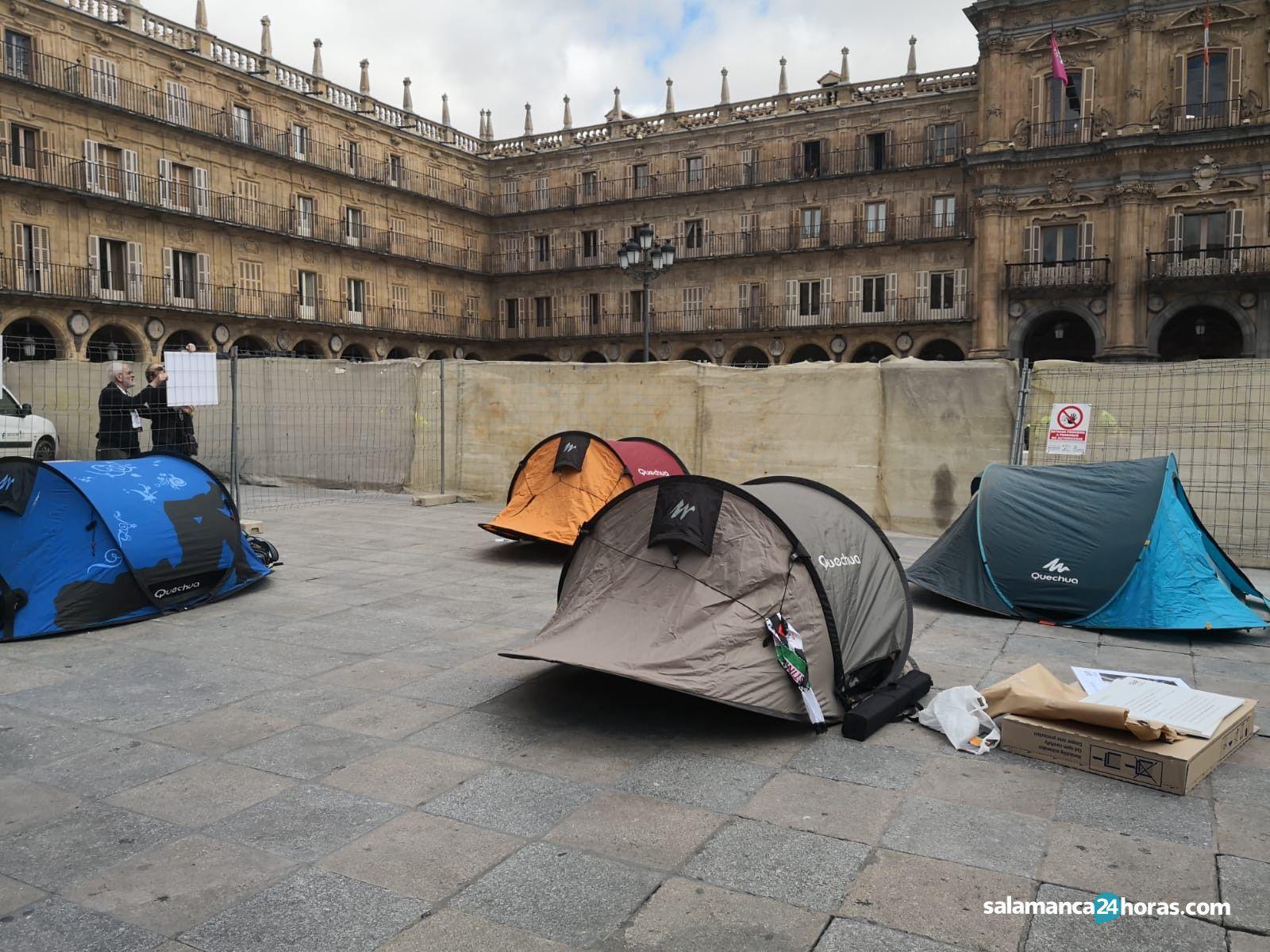 Acampada permanente de personas refugiadas (2)