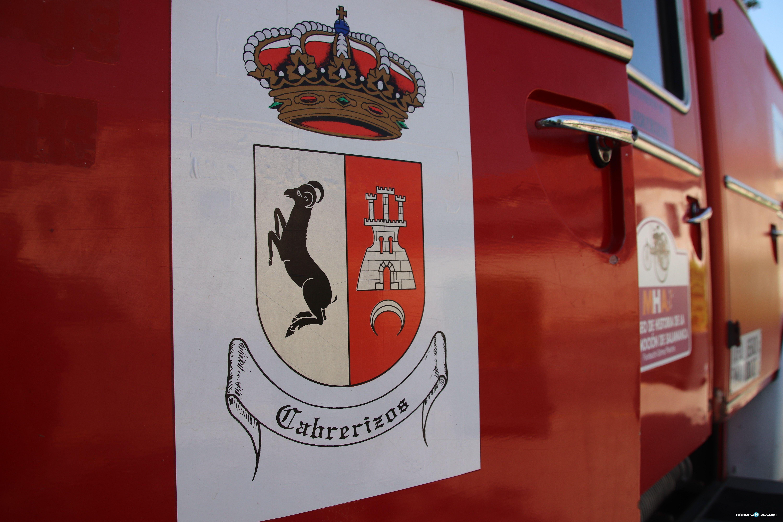 Lourdes Villoria y Carbayo presentan camión de bomberos (49)