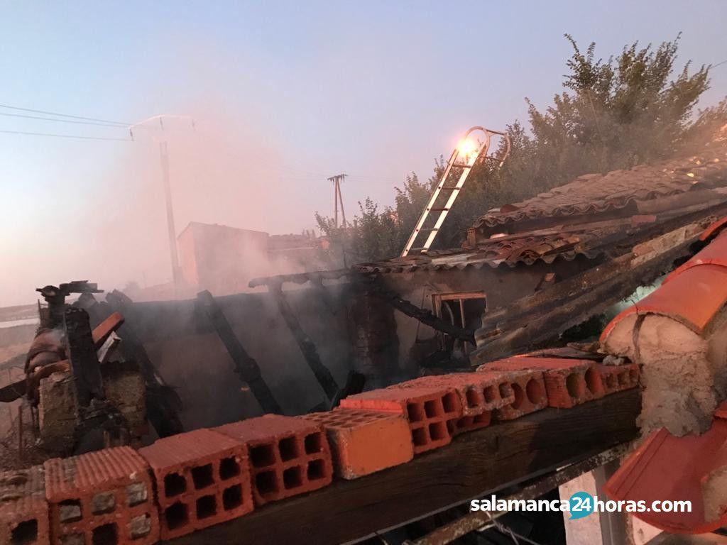 Incendio casco urbano Alba de tormes (4)