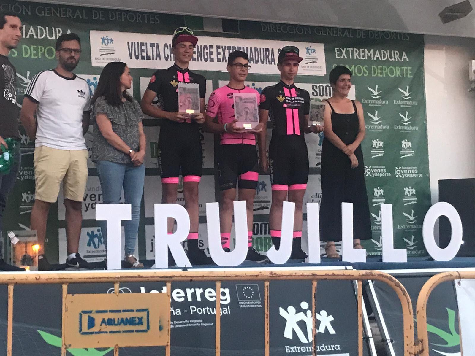 Podio Subida Castillo Trujillo, segundo Javier Martu00edn y tercero Juan Mari Cuella