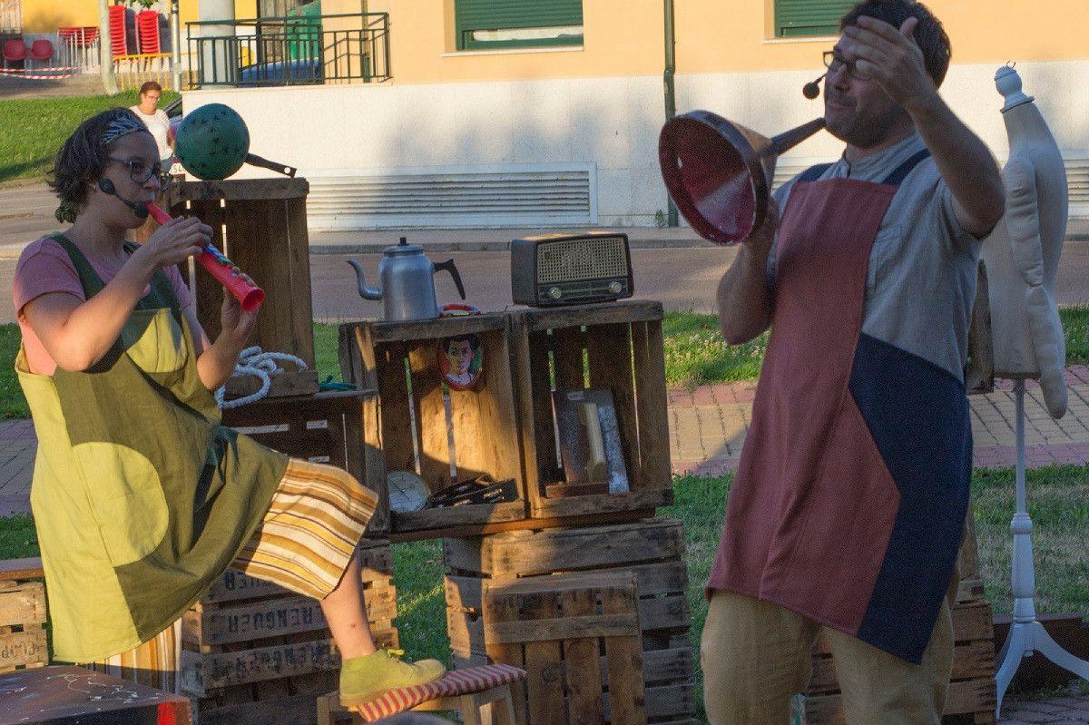 Los cachivaches de don Baldomero Kamaru Teatro 2