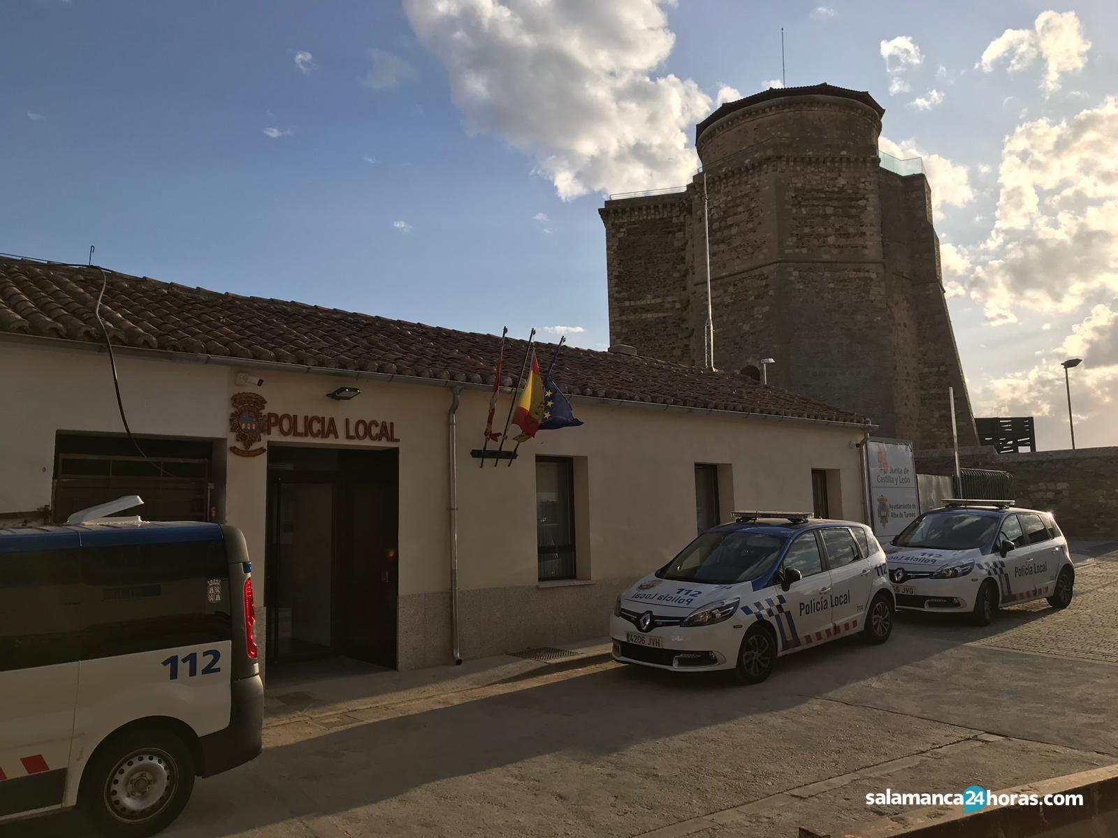 Policía Local de Salamanca en Alba de Tormes (4)