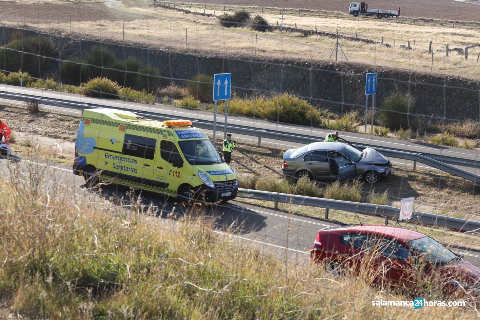 Accidente en la A-66 junto a Arapiles