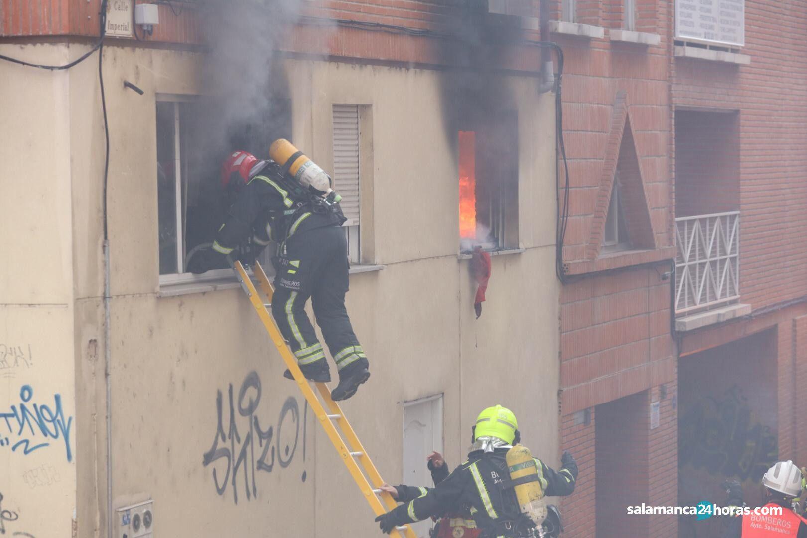 Bomberos incendio calle imperial (15)