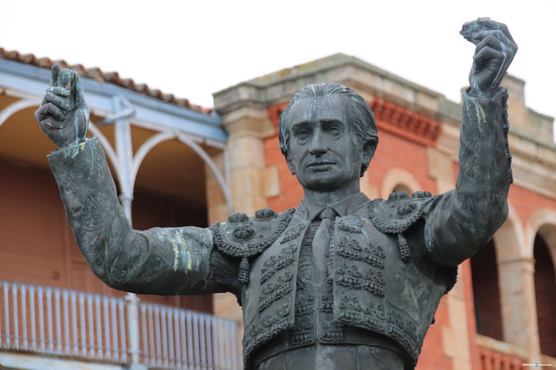 Homenaje a Julio Robles en la Glorieta (207)