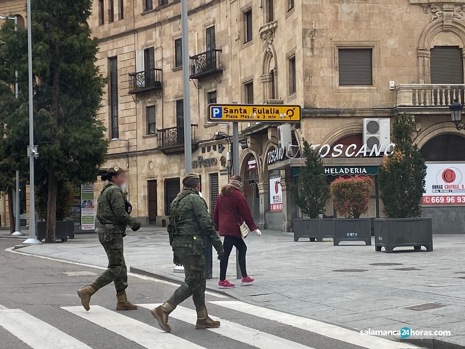 Militares por las calles (5)