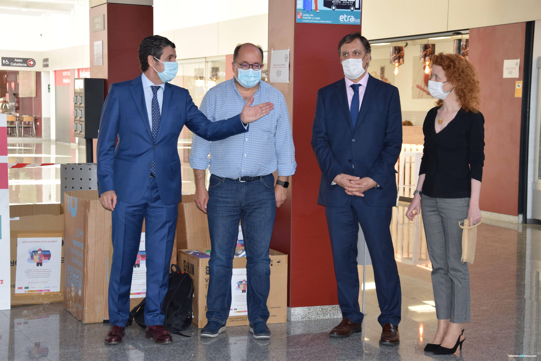 Antonio Pablos, Manuel Muiños, Carlos Carbayo y Ana Suarez