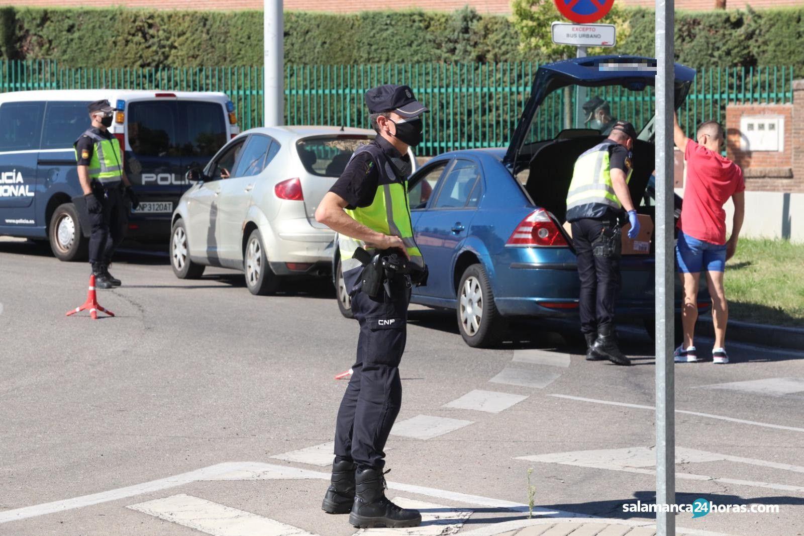 Control Policía Nacional barrio San José (11)