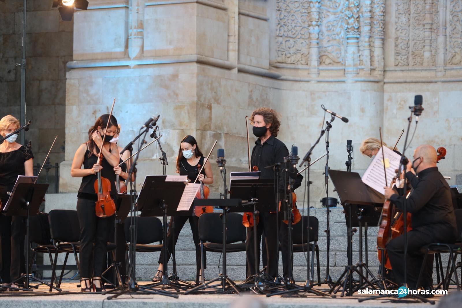 Ensemble de cuerdas de la Oscyl (12)