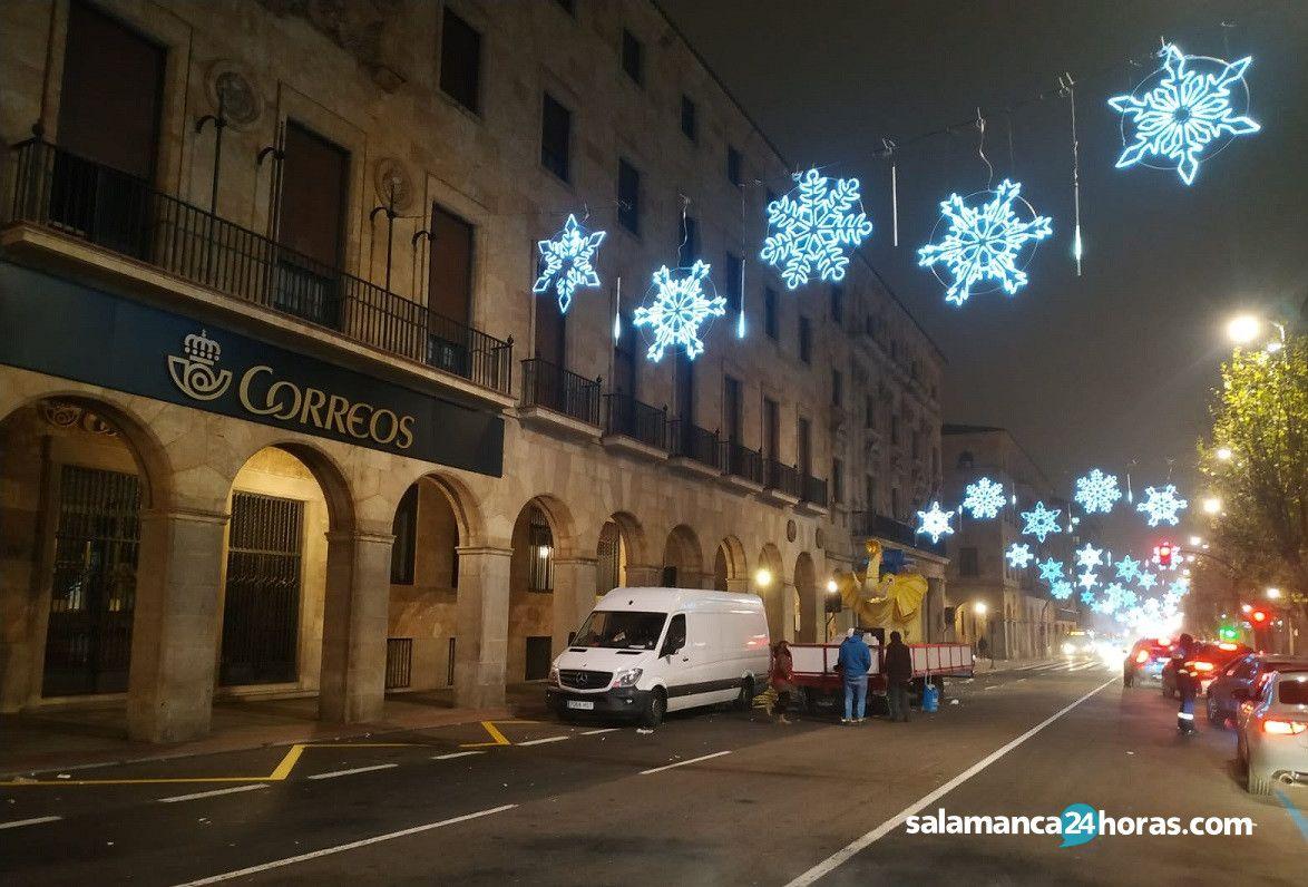 Carroza averiada Cabalgata de Reyes de Salamanca (5 1 2020)