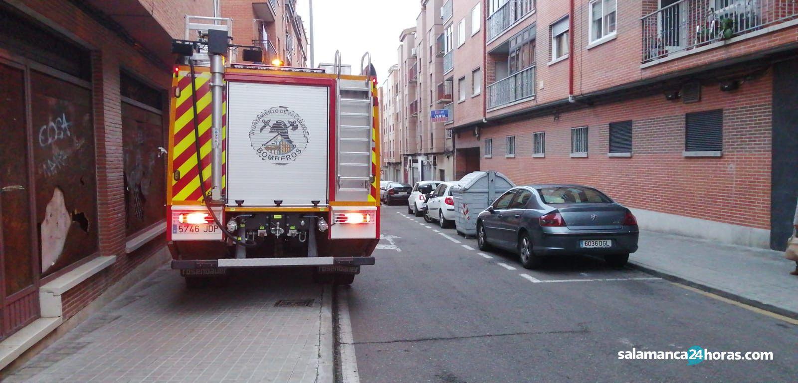 Bomberos calle almansa (2)