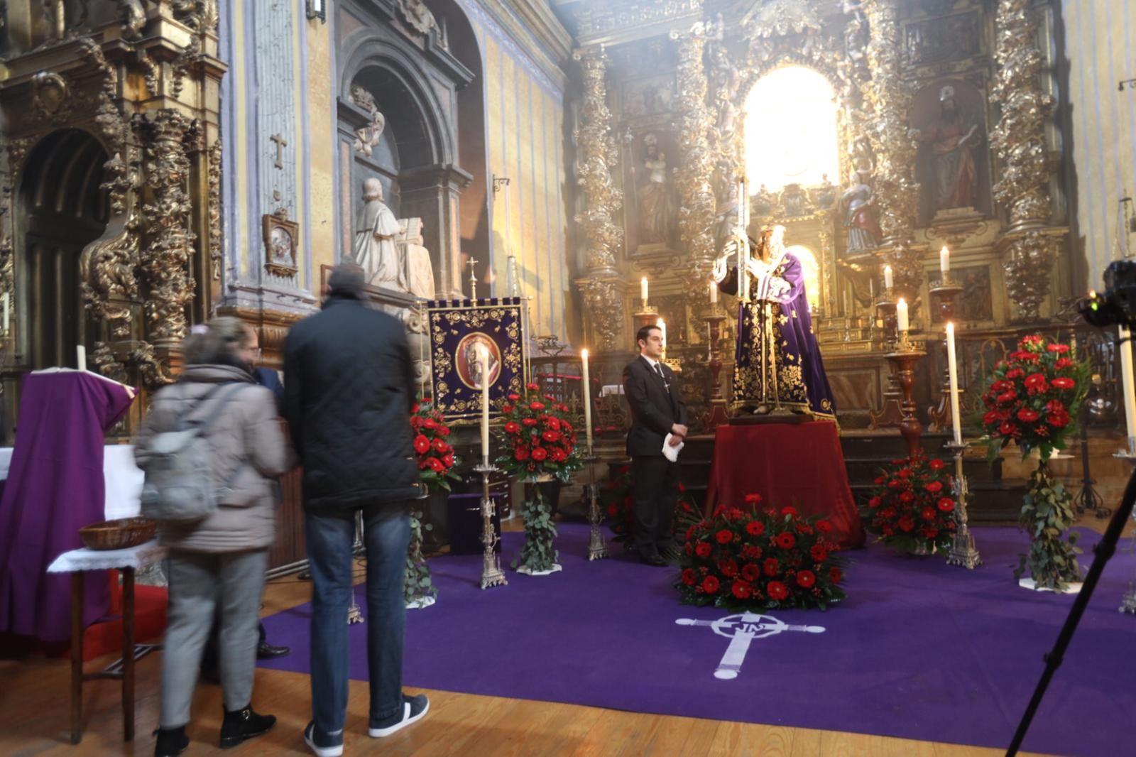 Besapié Jesús Nazareno. Iglesia San Julián (1)