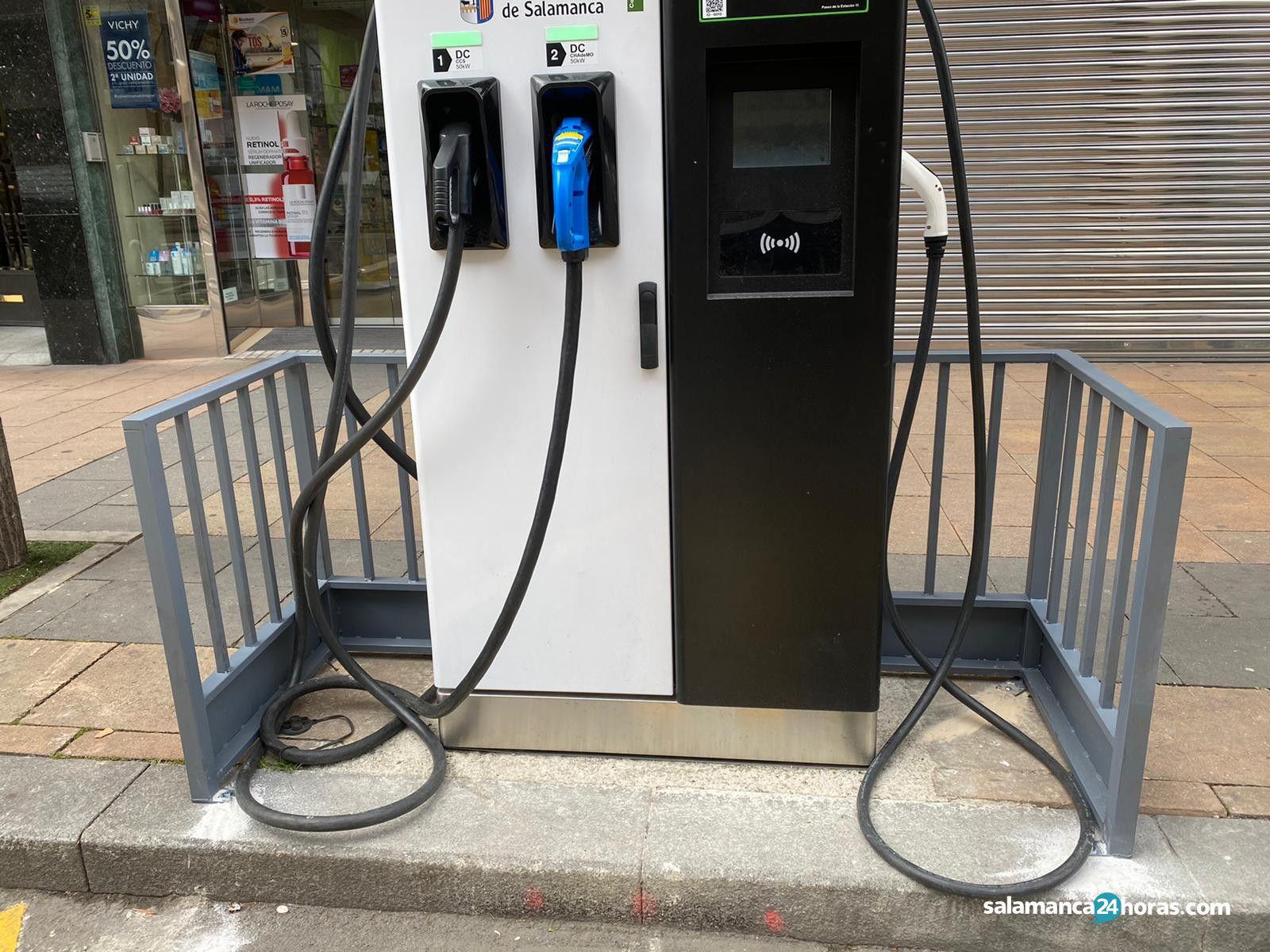 Cargador vehículos eléctricos paseo de la Estación (3 3 2020) (1)