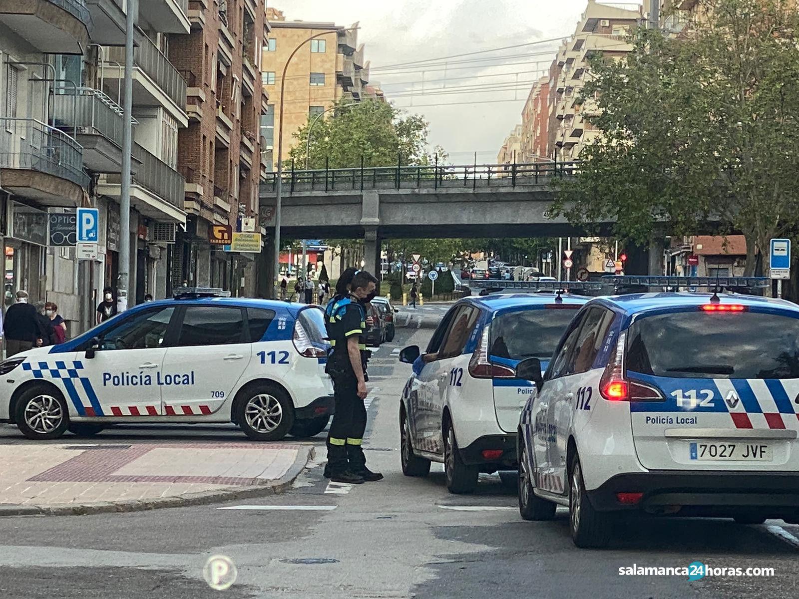 Policía Local en la alamedilla comuneros (1)
