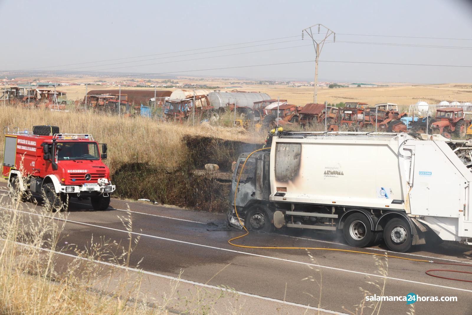 Camión incendio carretera de Valladolid (2)