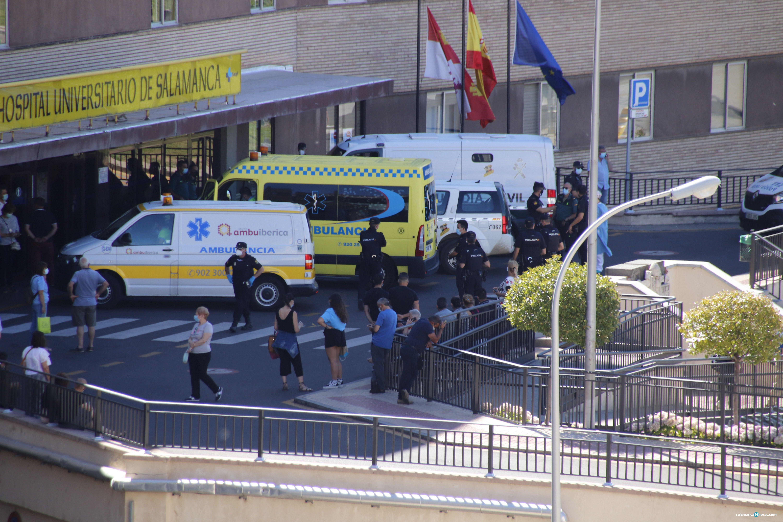 Policia hospital de salamanca coronavirus (1)