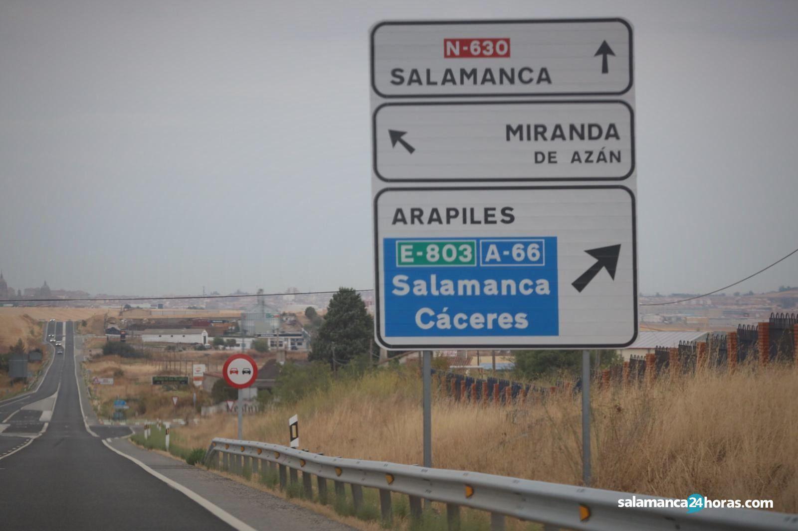 Miranda de Azán incendio coche 3