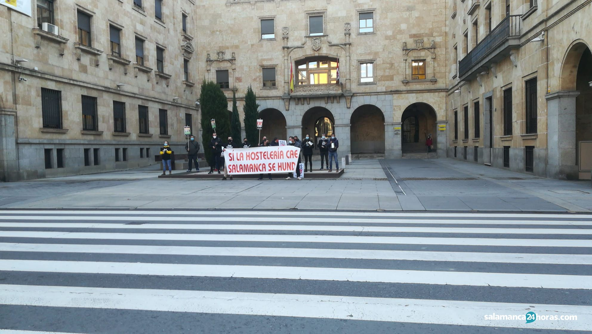 Hosteleros protesta martesWhatsApp Image 2020 12 01 at 09.29.25