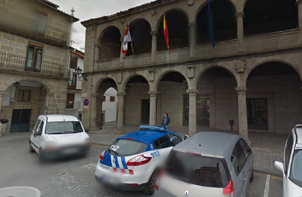 demasiado Hermana regional  El Ayuntamiento de Béjar hace pública su oferta de empleo para 2019 con 12  plazas y una vacante para conductor de bombero