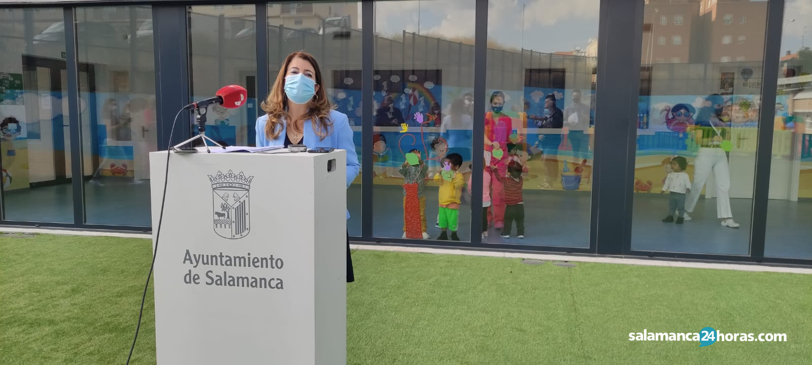 María Victoria Bermejo visita la escuela infantil los pizarrales (9)